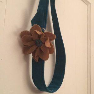Adorable flower belt